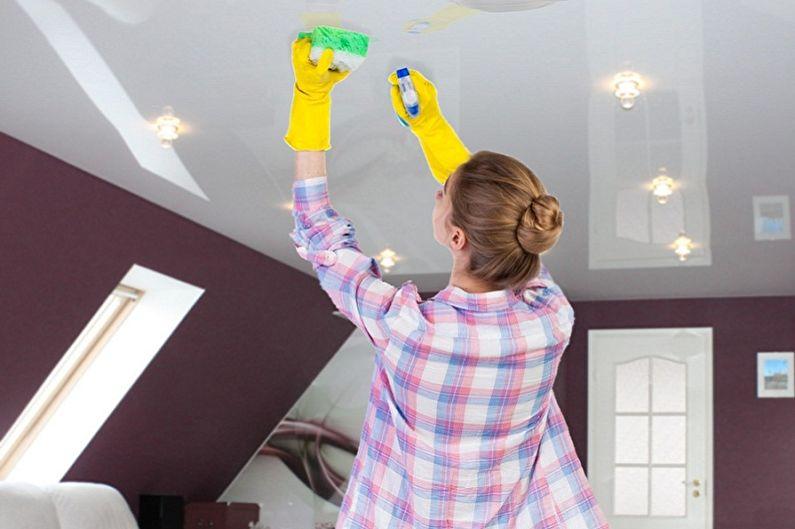 Как помыть натяжной потолок: способы и средства