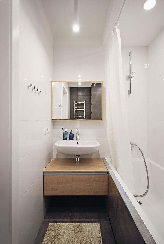 Дизайн ванной комнаты 3 кв.м. в белом цвете - фото