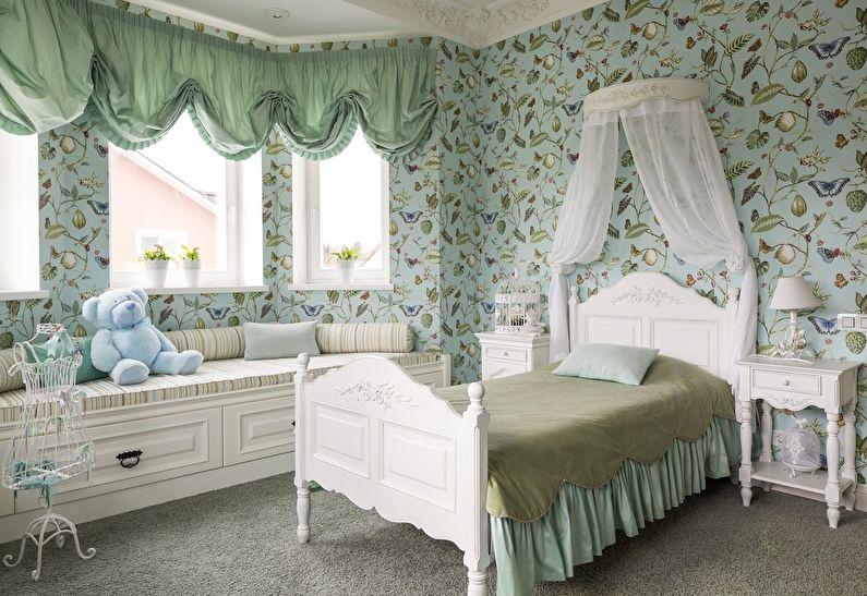 Маленькая детская комната в зеленых тонах