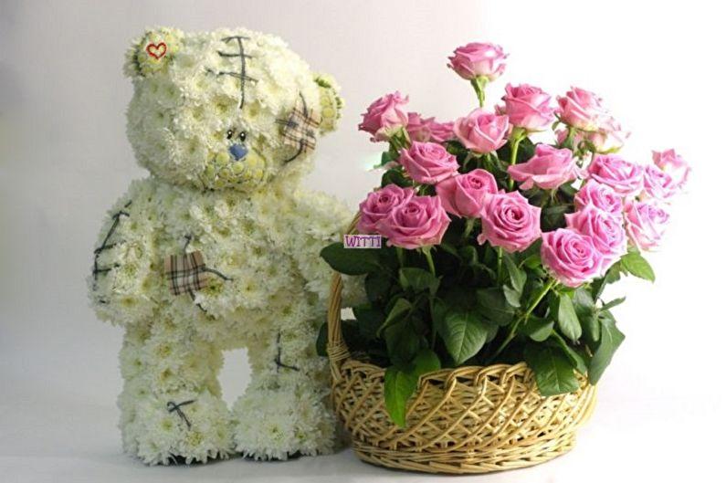 Подарок на 14 февраля своими руками - Игрушка из живых цветов