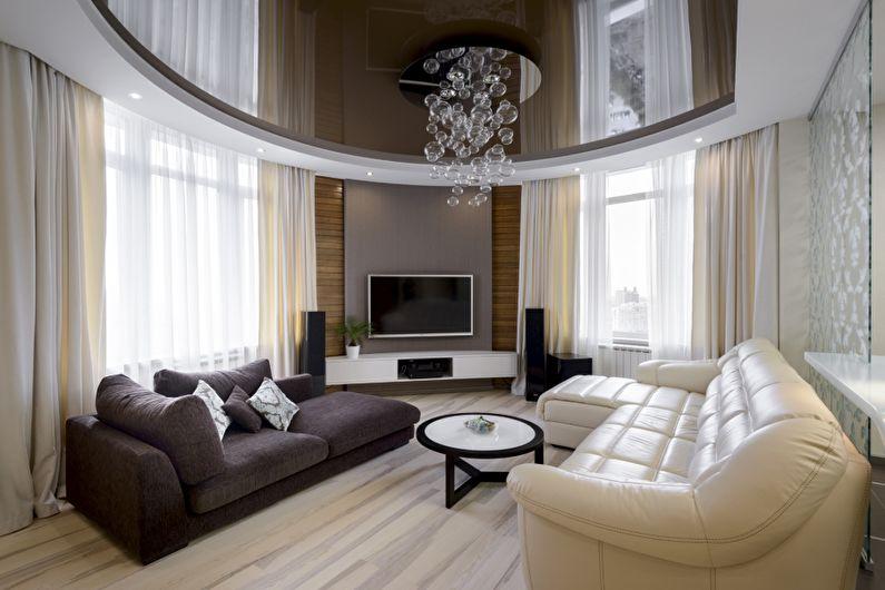 Коричневый глянцевый натяжной потолок в зале (гостиной) - фото