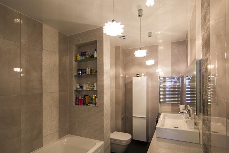 Белый натяжной потолок в ванной комнате - фото