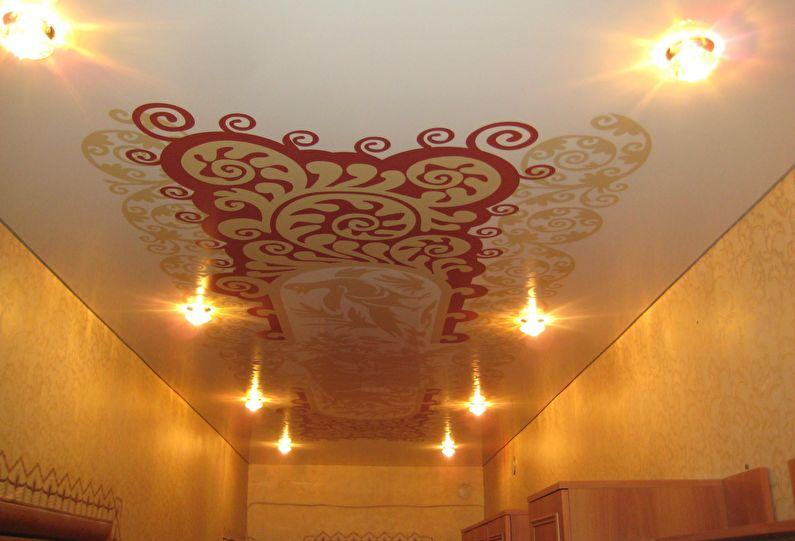Натяжной потолок в прихожей и коридоре - фотопечать