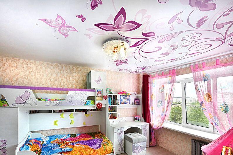 Дизайн детской комнаты для двух девочек - Отделка потолка