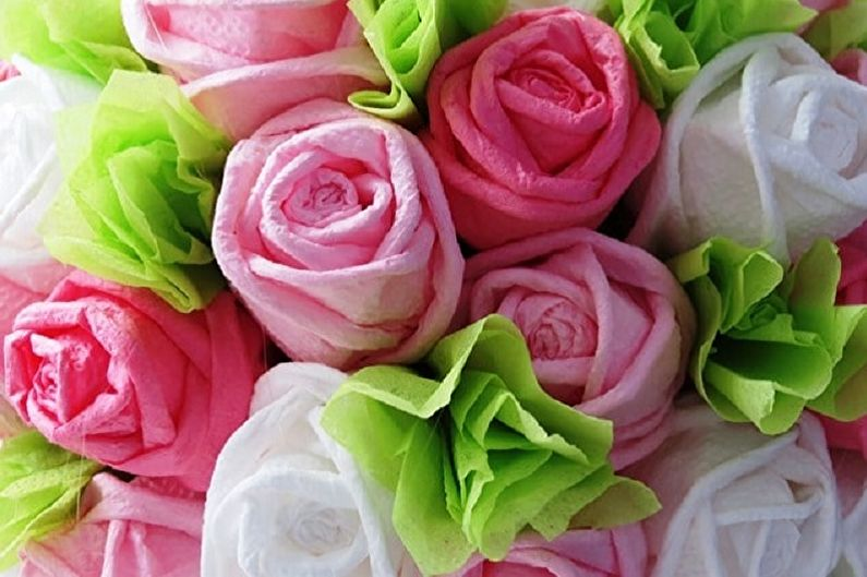 Цветы из салфеток своими руками - как сделать (80 фото)