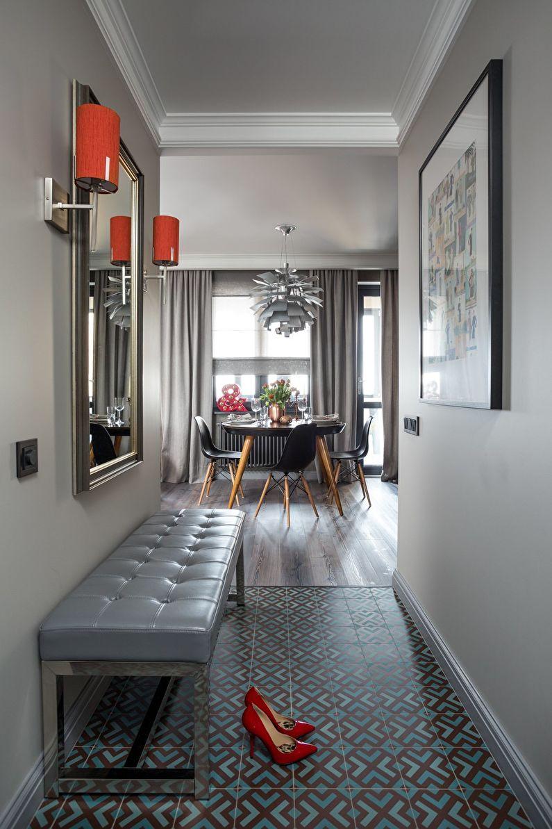 Маленькая прихожая в серых тонах - дизайн интерьера