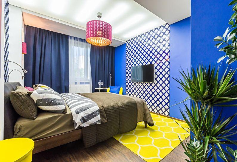 Сочетание цветов в интерьере спальни - синий с желтым и белым