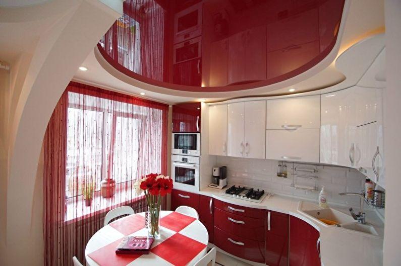 Дизайн красной кухни - Отделка потолка