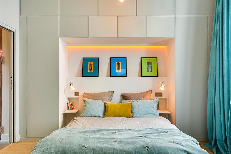 Дизайн интерьера спальни в хрущевке - Модульная стенка над изголовьем