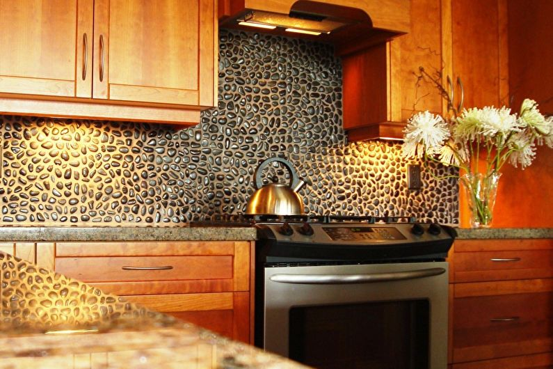 Отделка стен на кухне - Декоративный камень