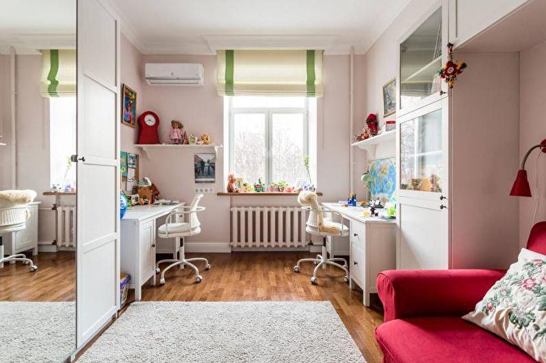 Письменный стол для школьника - фото