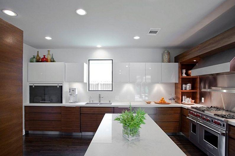 Дизайн коричневой кухни - Отделка потолка