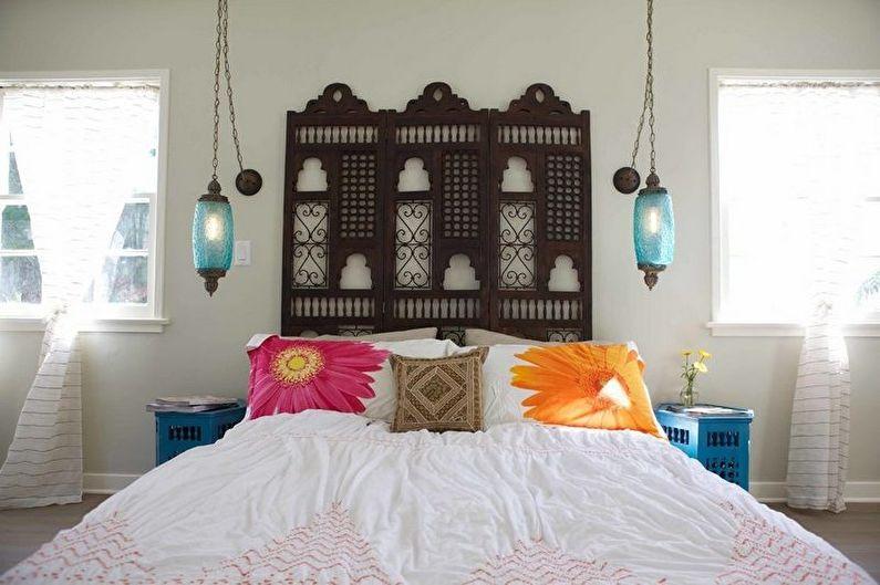 Бирюзовая спальня в средиземноморском стиле - Дизайн интерьера