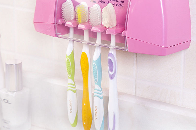 Аксессуары для ванной комнаты - Емкости для зубных щеток