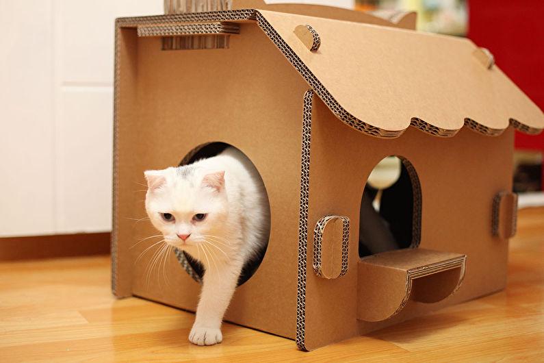 Домик для кошки - Картонный дом
