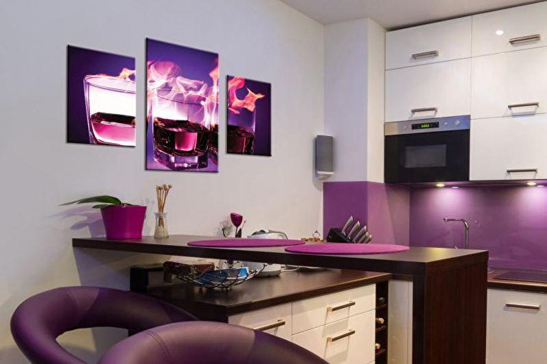 Модульные картины в интерьере кухни