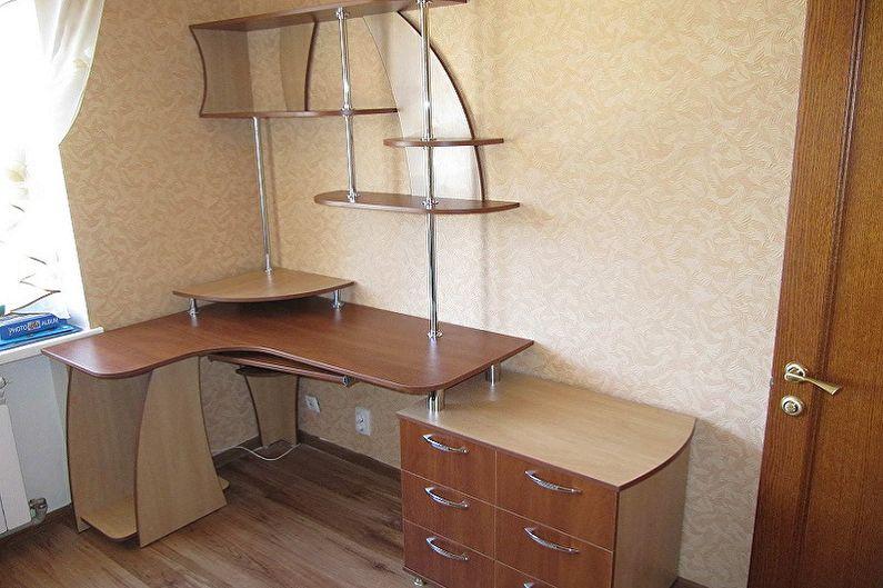 Угловой компьютерный стол из ДСП