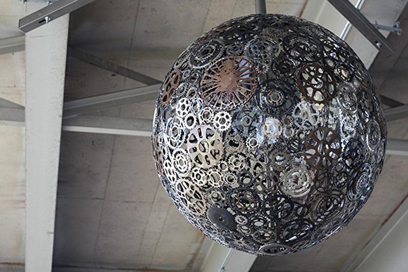 Плафоны для люстр из металлических элементов - Купол из шестеренок