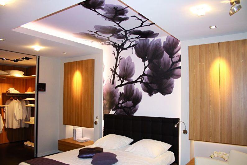 Натяжной потолок в спальне - Достоинства и недостатки