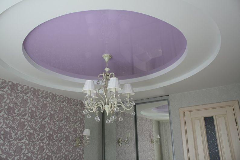 Натяжной потолок в спальне - Пастельные оттенки