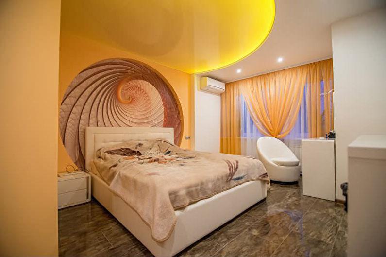 Натяжной потолок в спальне - Яркие цвета