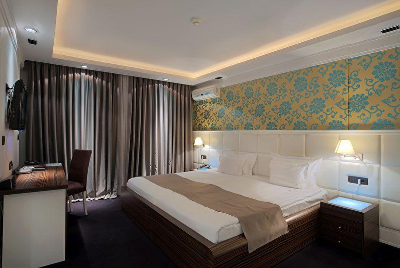 Матовые натяжные потолки в спальне - фото