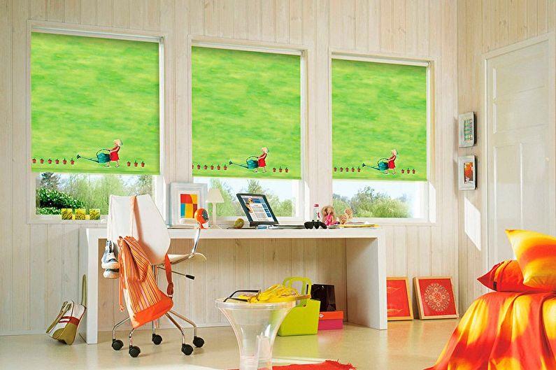 Çocuk odası için stor perdeler - fotoğraf