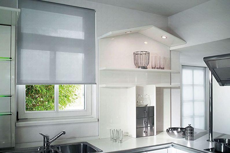Mutfak için stor perdeler - fotoğraf