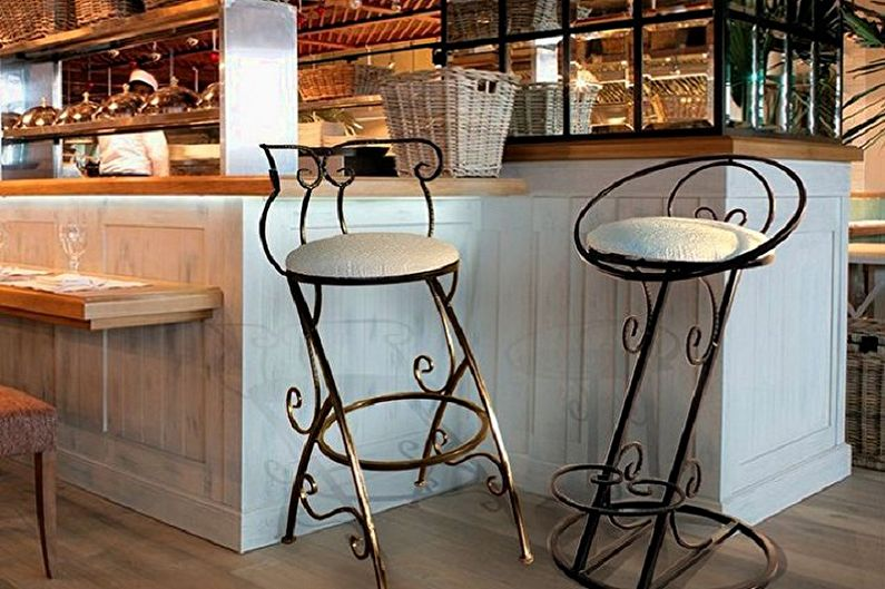Кованые барные стулья фото