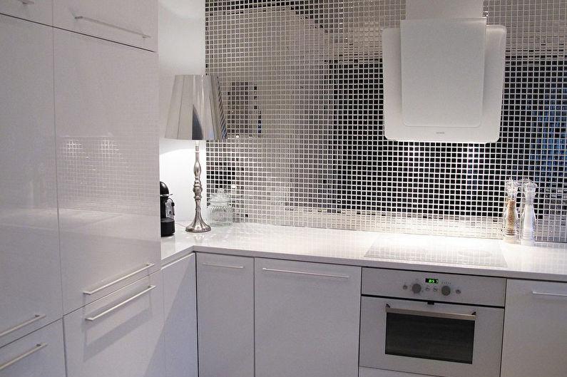 Зеркальный фартук для кухни