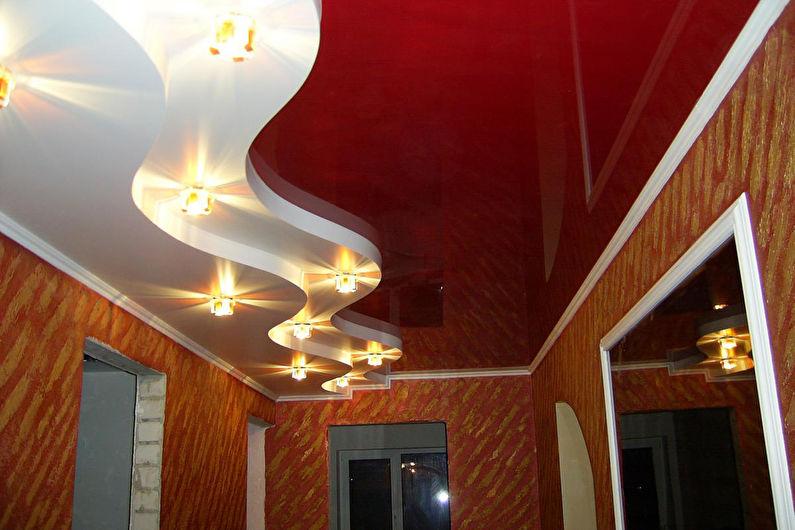 Натяжной потолок в прихожей - Особенности