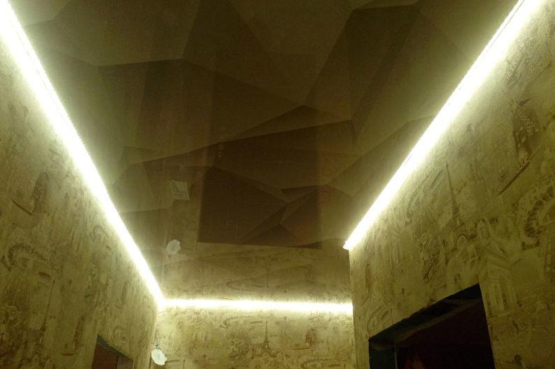 Натяжной потолок в маленькой прихожей - Парящий эффект
