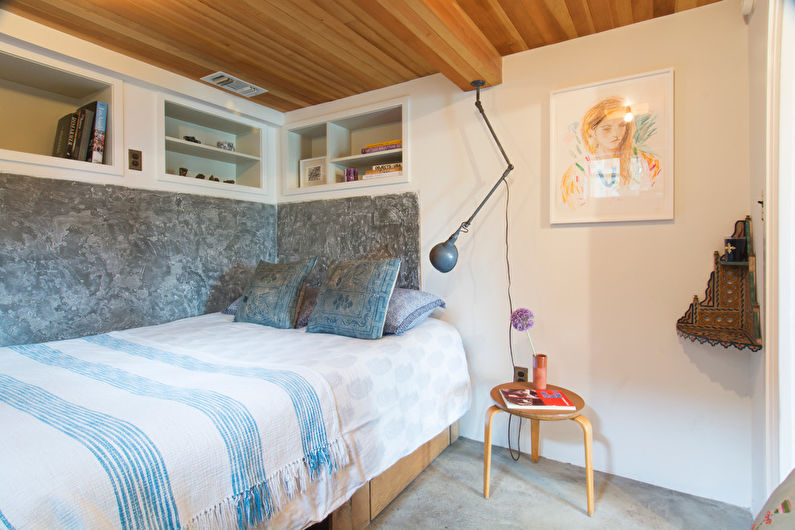 Дизайн узкой спальни - Кровать