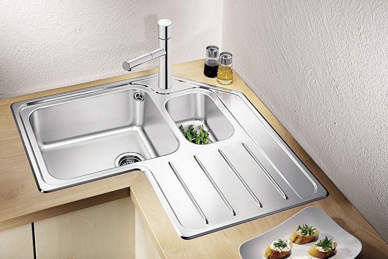 Дизайн угловой кухни - Кухня с мойкой в углу