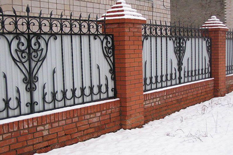 Заборы из профнастила своими руками - фото