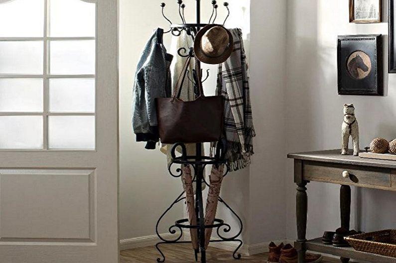 Напольные вешалки для одежды - фото