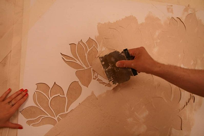Виды трафаретов для стен под покраску - В зависимости от способа нанесения