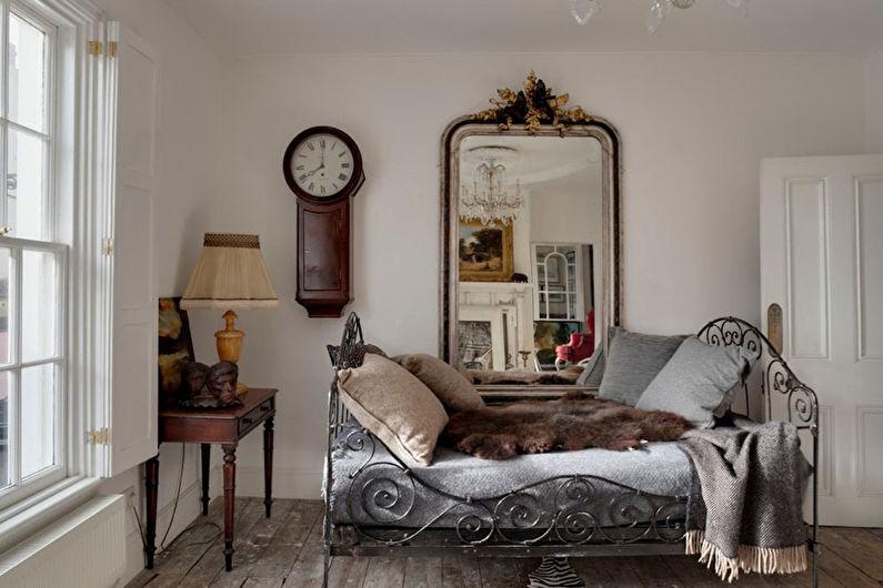 Дизайн интерьера спальни в стиле шебби-шик - фото