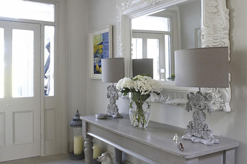 Дизайн интерьера прихожей в стиле шебби-шик - фото