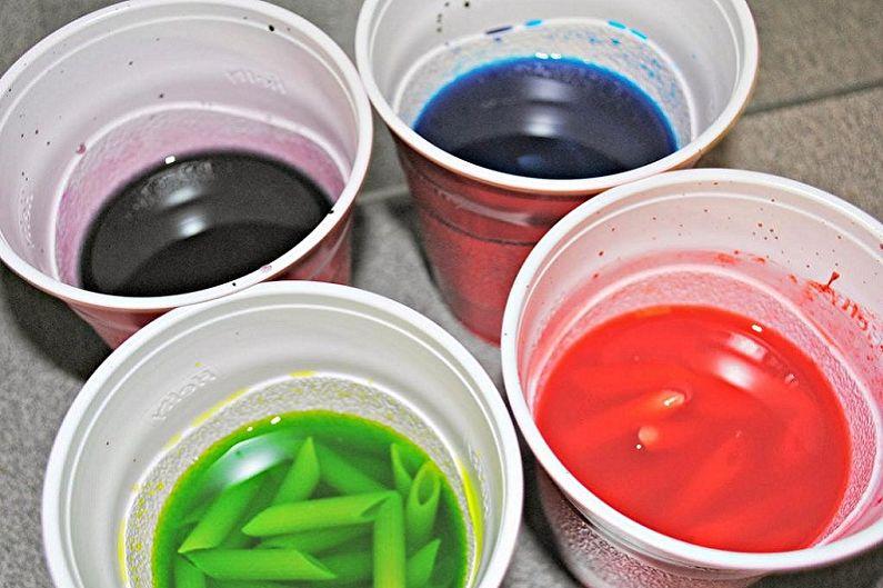 Поделки из макарон своими руками - Банки с цветными макаронами