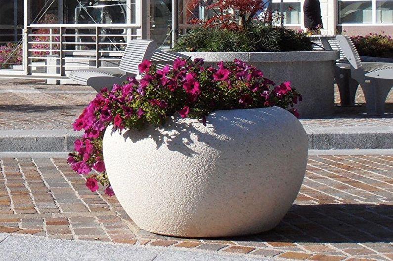 Уличные вазоны для цветов - фото