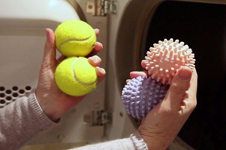 Как постирать пуховик в стиральной машинке - Стирка пуховика с мячиками