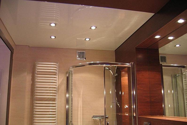 Дизайн ванной комнаты 2 кв.м. - Отделка потолка