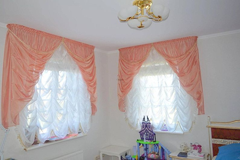 Французские шторы в интерьере детской комнаты