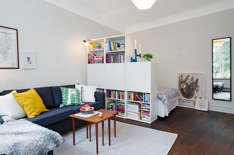 Стеллаж - зонирование комнаты для родителей и ребенка