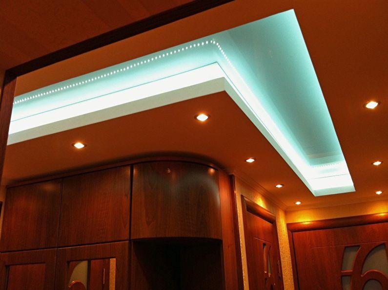 Дизайн потолка из гипсокартона в прихожей и коридоре