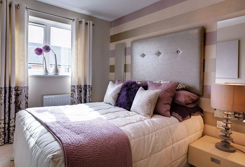 Обои с горизонтальной полоской для спальни