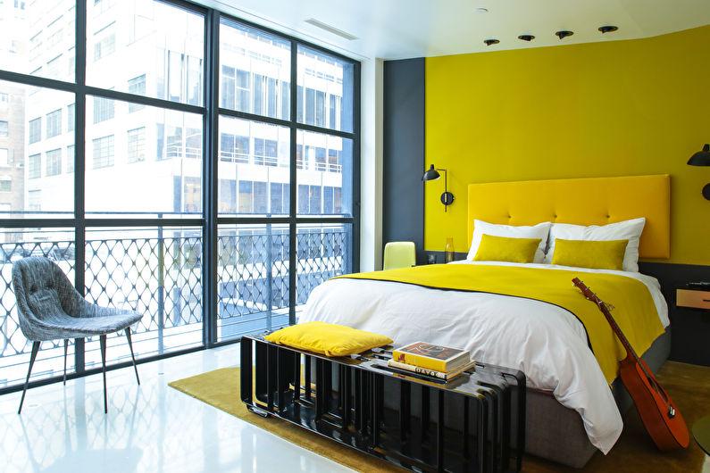 Дизайн маленькой спальни в желтых тонах - фото