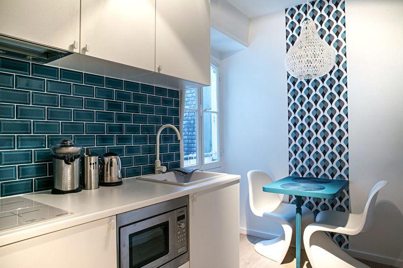 Плитка и обои - дизайн кухни в хрущевке