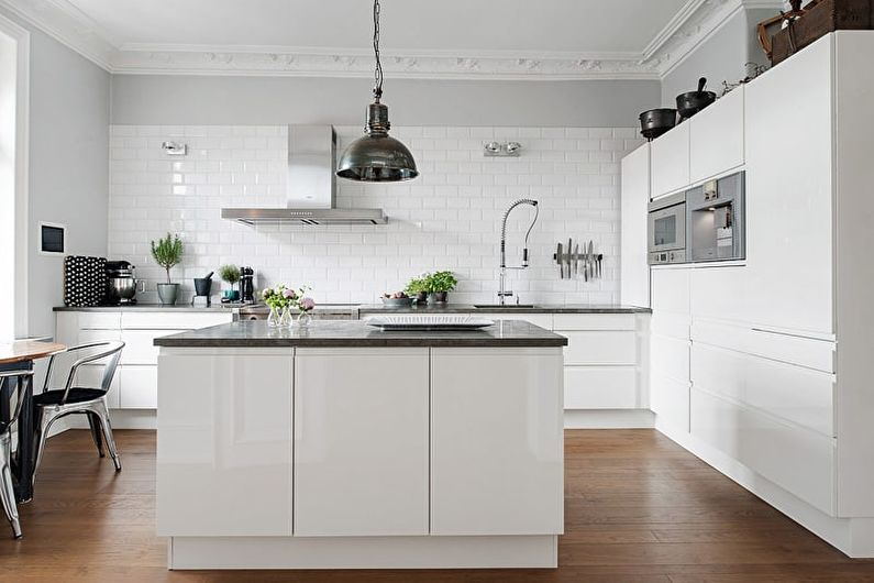 Белая кухня 20 кв.м. - Дизайн интерьера